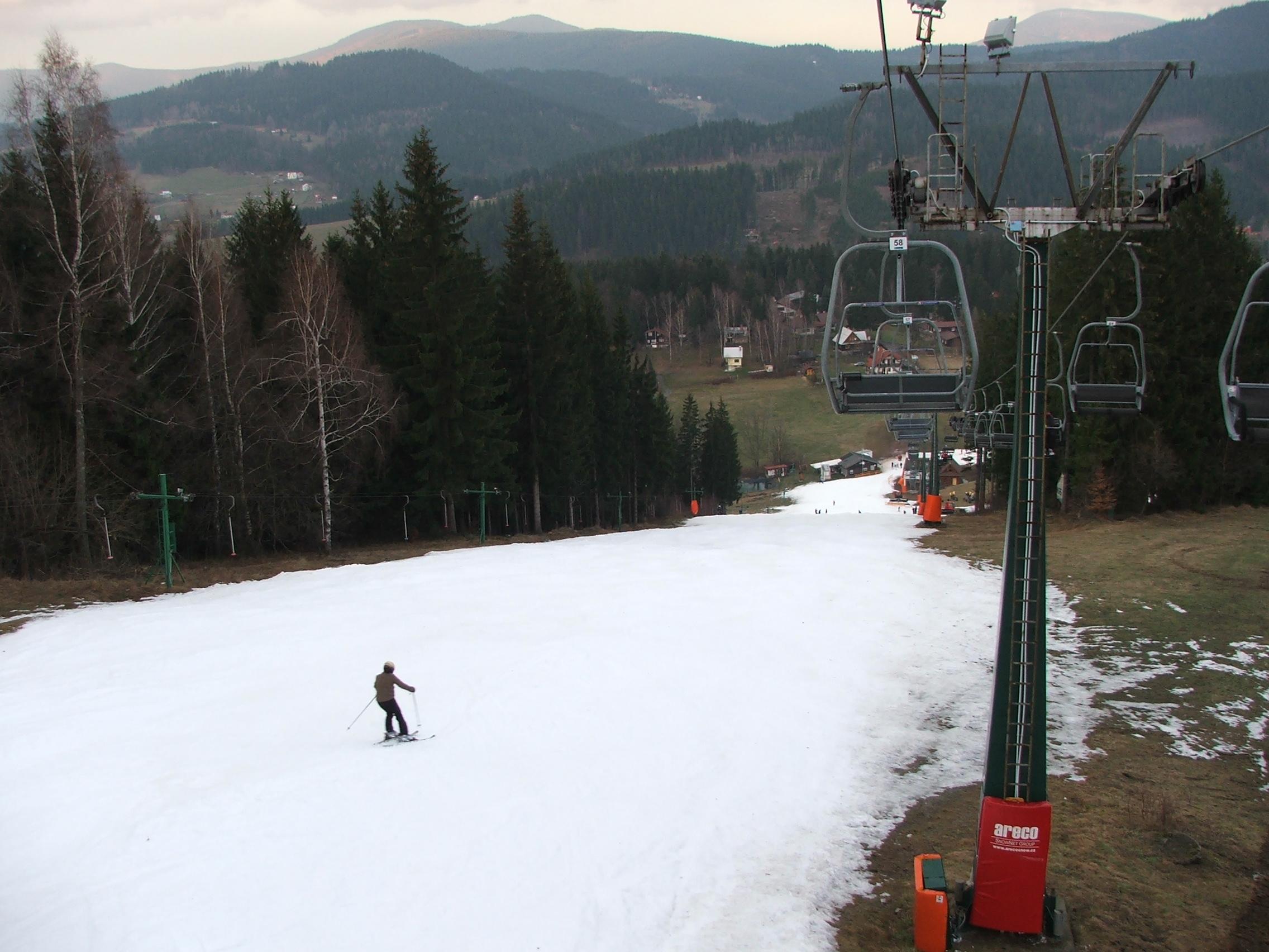 28.12.2013-Ski areál RALIŠKA,aktuální stav (17)