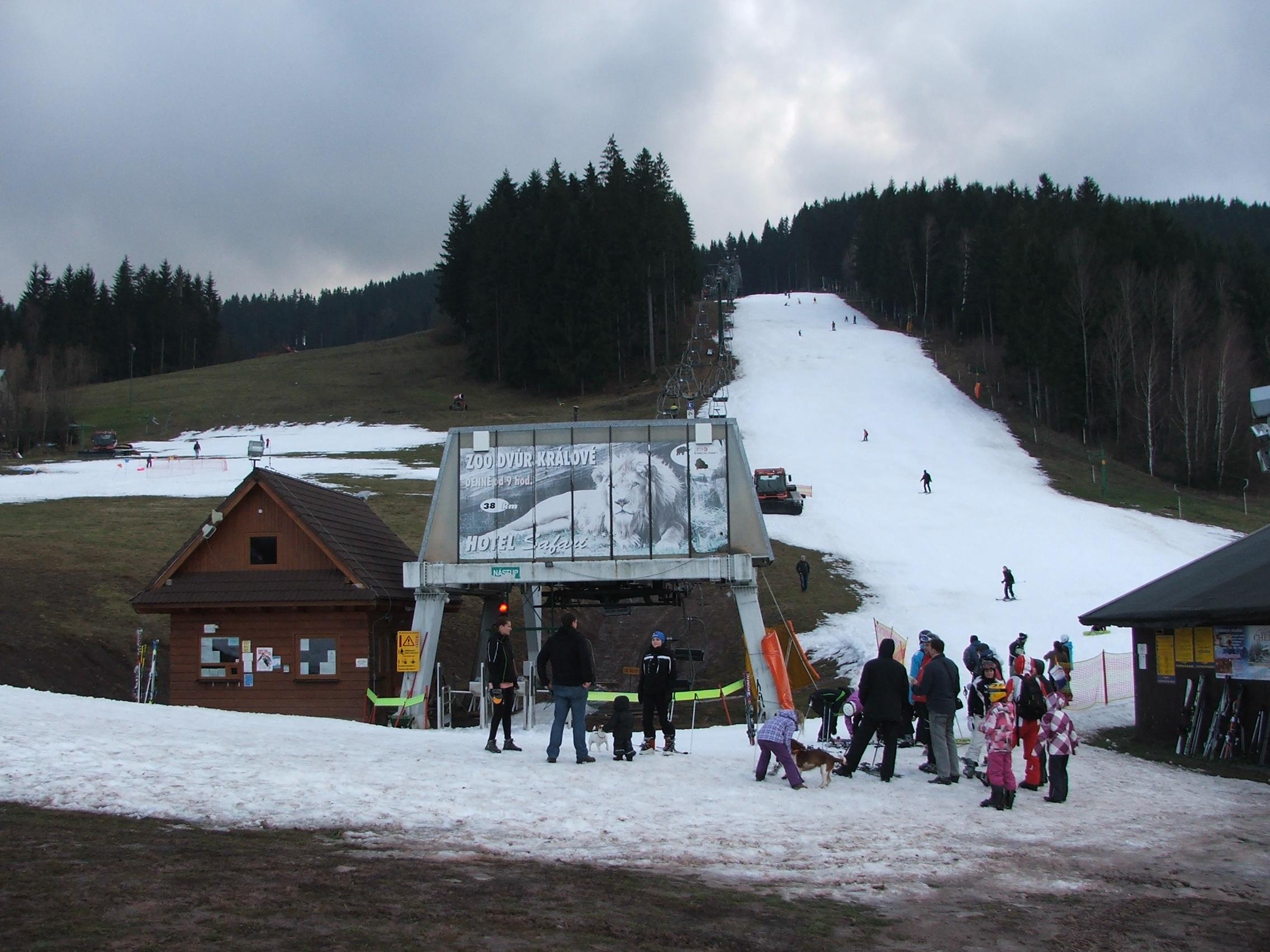 28.12.2013-Ski areál RALIŠKA,aktuální stav (7)